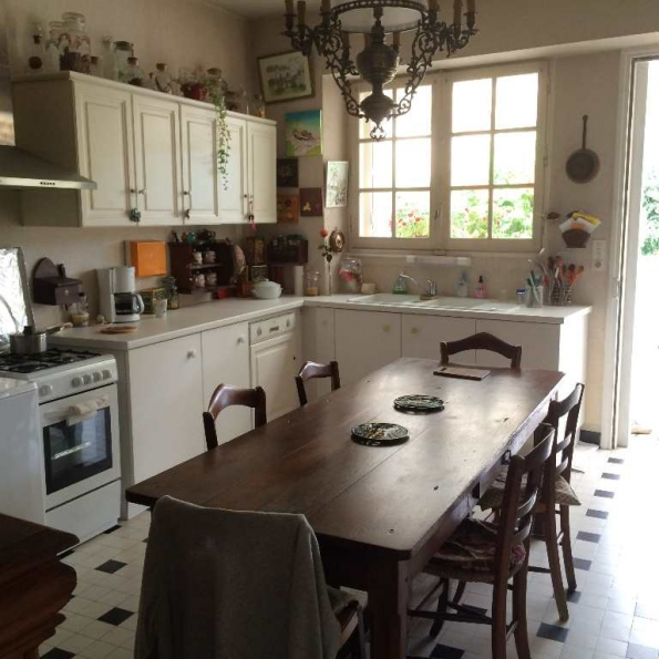 4 Bedrooms - Maison - For Sale