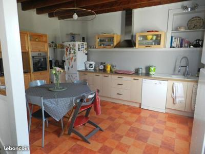 SLD02444 - Under Offer with Cle France