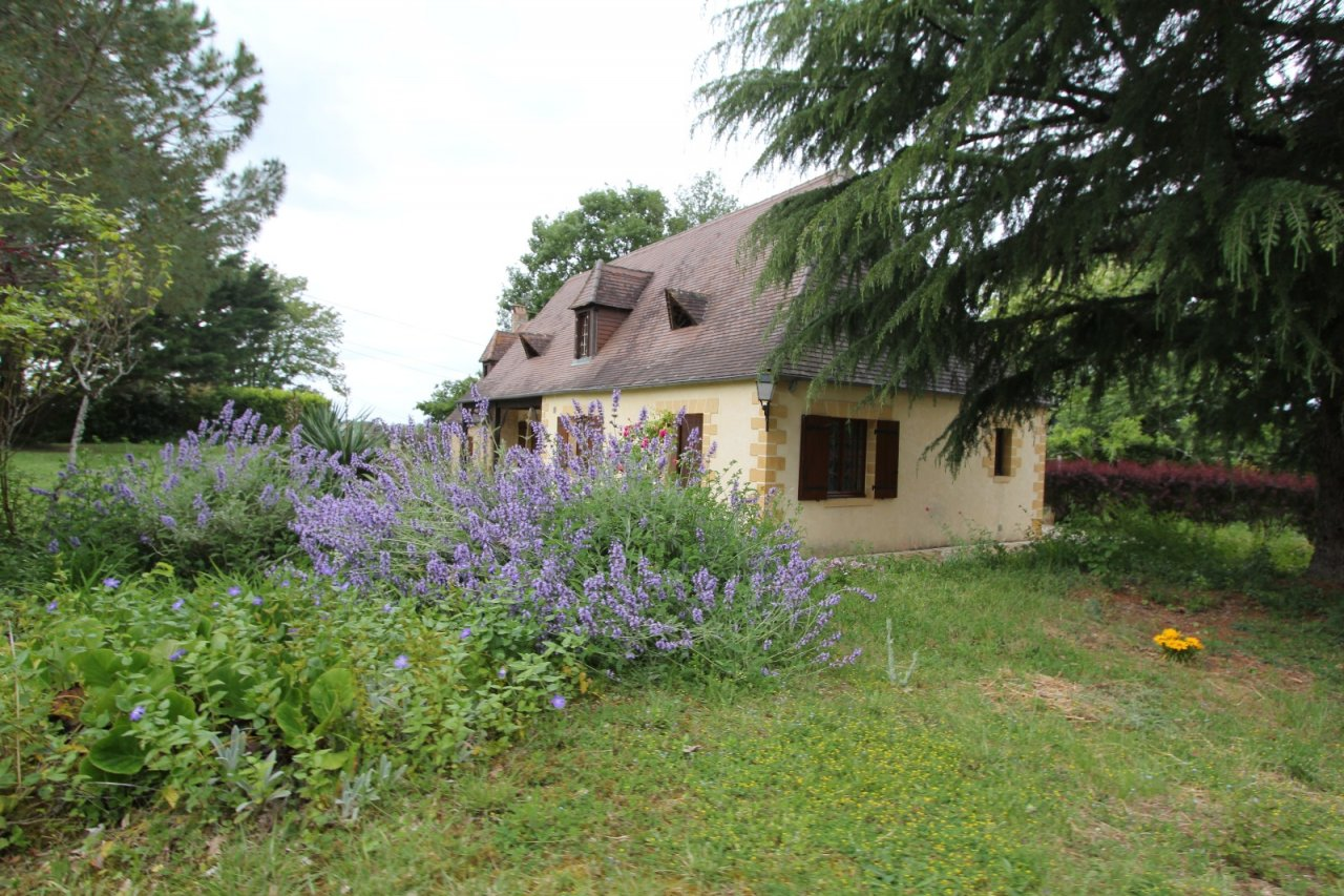 Charming Rural House For Sale