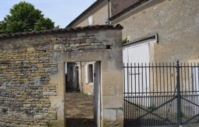 Three Bedroom House with Outbuildings