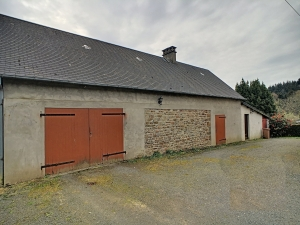 Detached House with Great Outbuilding