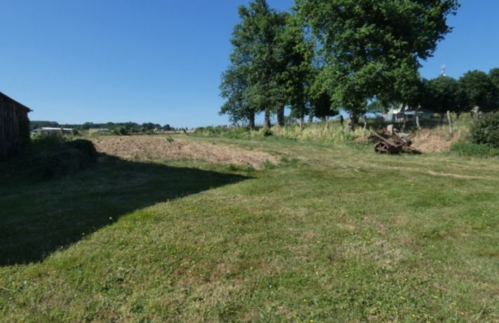 Building Land For Sale Just Under Oneb Acre