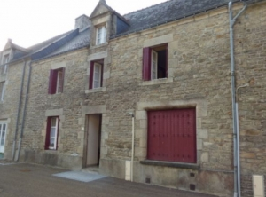 SLD02458 - Under Offer with Cle France