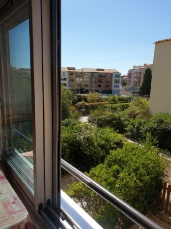 Partially Furnished Apartment In A Private Residence With Pool, Just 400m From The Beach.