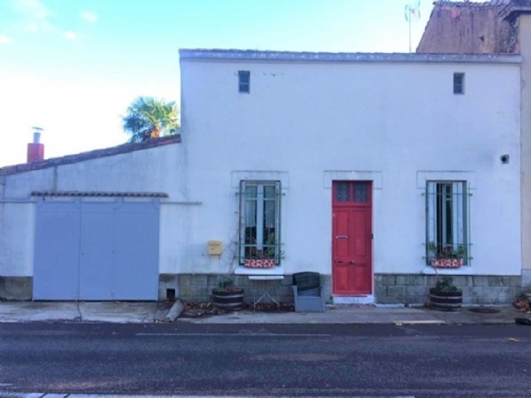 House With Garden And Independent Gite On The Canal Du Midi.
