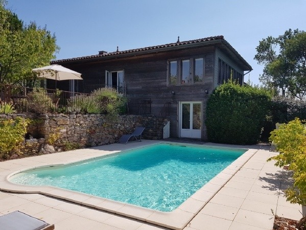Character Villa With Pool, Views, Peaceful Location