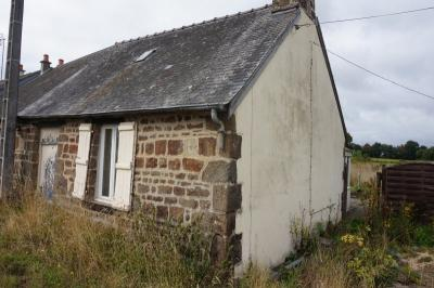 SLD02504 - Under Offer with Cle France