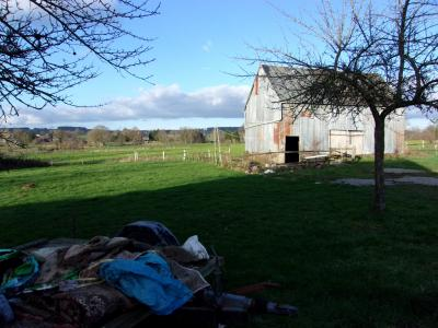Country House and Outbuilding on Two Acres